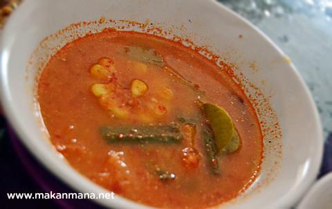 sup sayur asam