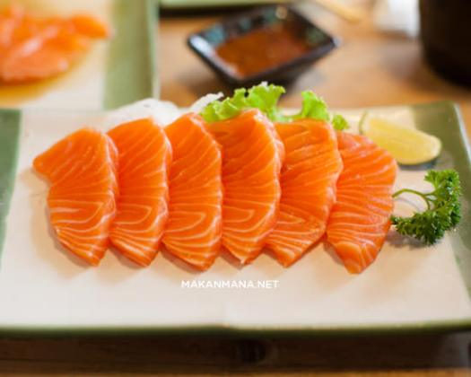 Takigawa salmon sashimi