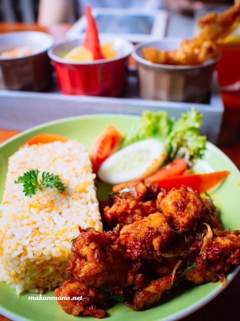 bhinneka society spicy chicken
