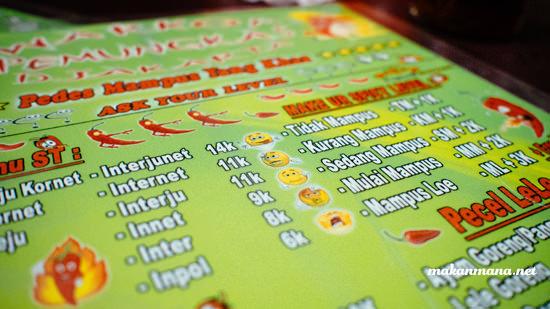 menu indomie pedas mampus