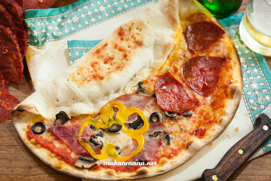 Pizza magnifica idr75