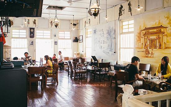interior lantai 2 roemah indonesia kitchen Roemah Indonesian Kitchen