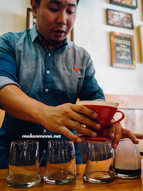 ron prasanto v60 Coffee knowledge with Ronald Prasanto, Pilastro