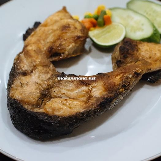 grilled leher salmon Rumah Makan Atlantic Salmon