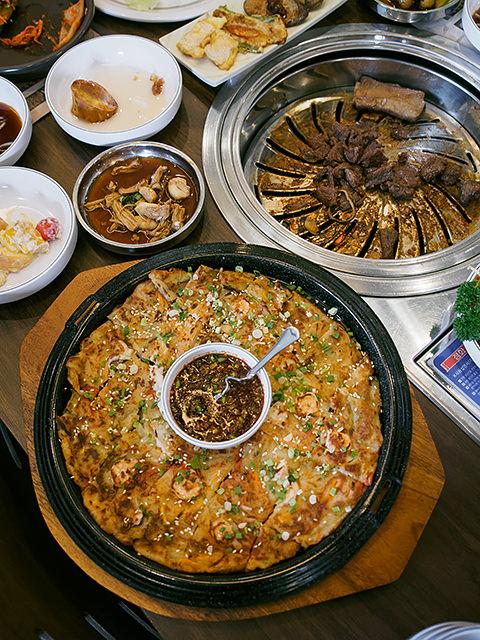 daebak pajeon korean pancake