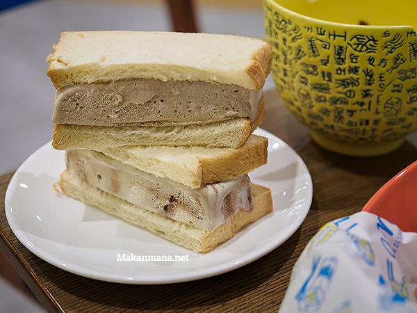 Root beer & Avo-choco ice cream sandwich (@15rb)