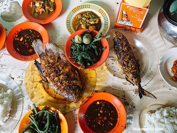 warung nasi ikan bakar mangkubumi