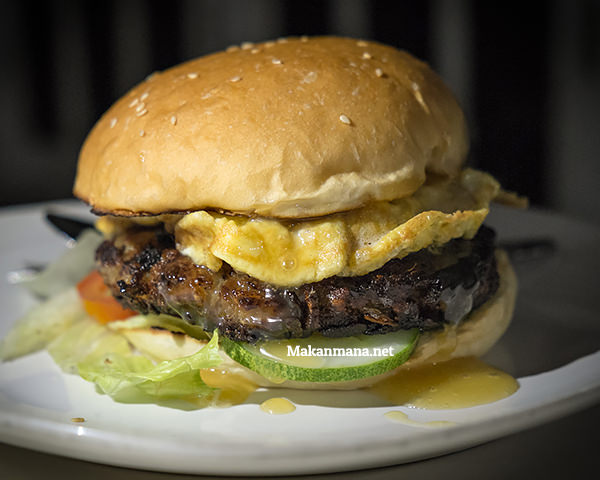 The real grilled burger, the real winner