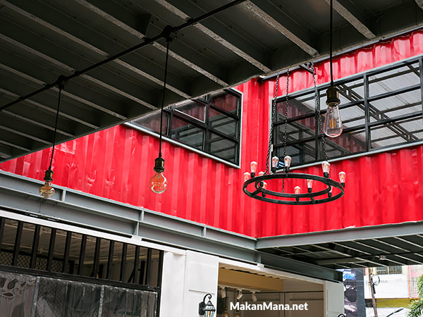 container cafe