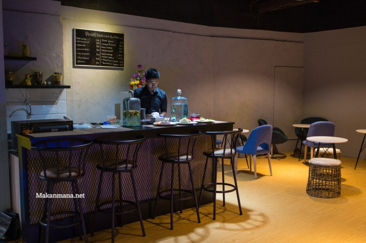 powerbox-cafe-by-devit-oey