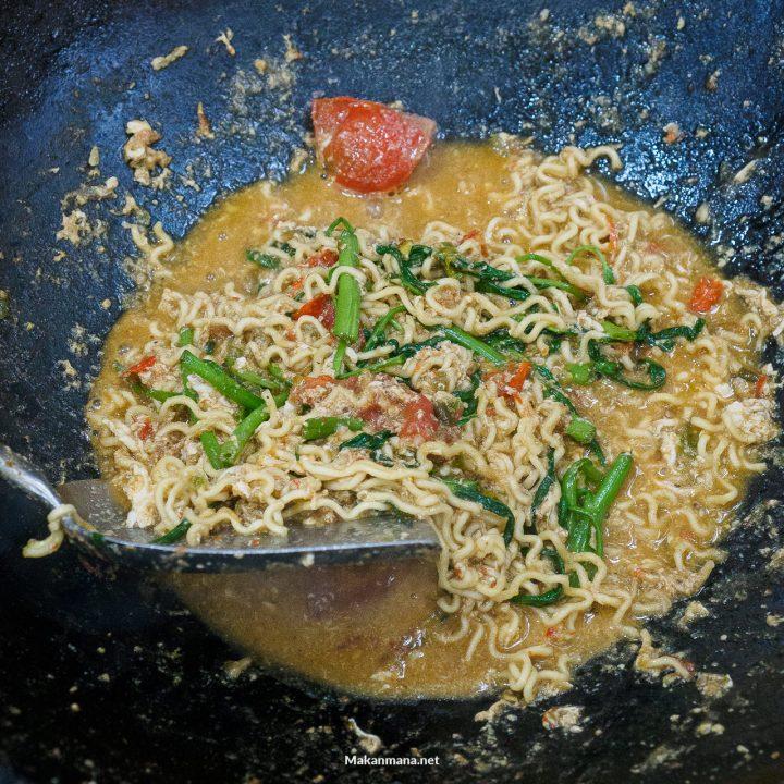 warung mbak santi resep indomie kangkung belacan