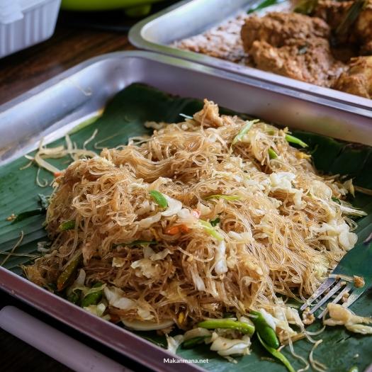 Bihun Goreng Nasi Bali
