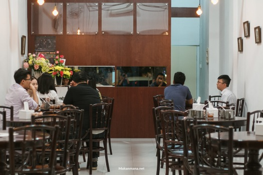 Interior Hoo Yee, simple with 'traditional' kopitiam-y table and stool