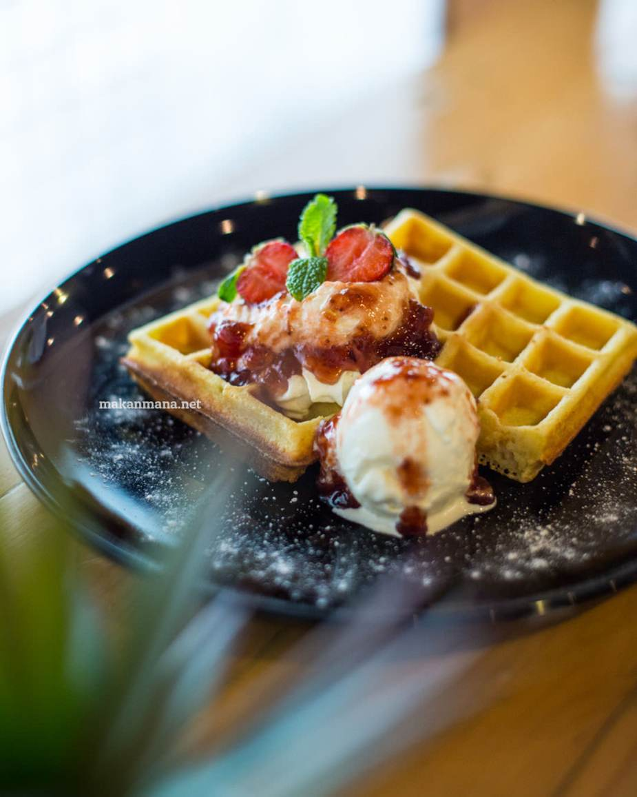 pilastro-berry-waffle