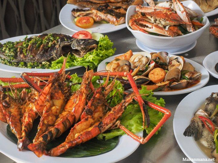 raja-laut-seafood-in-medan